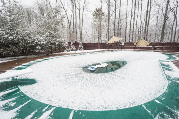 Que faire de sa piscine en hiver ?