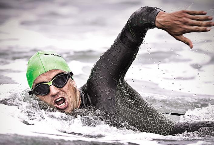 Comment bien choisir sa combinaison néoprène de nage ?